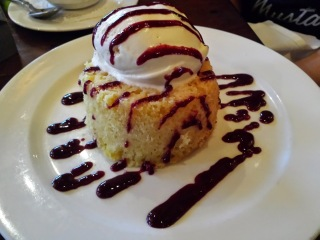 Fork's Signature Warm Butter Cake